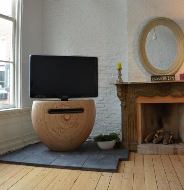 Ein Moderner TV Stnder Aus Birkenholz Hnelt Einer Blumenvase