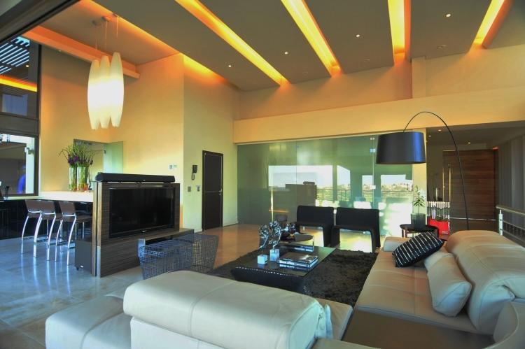 83 Ideen für indirekte LED Deckenbeleuchtung & Lichteffekte