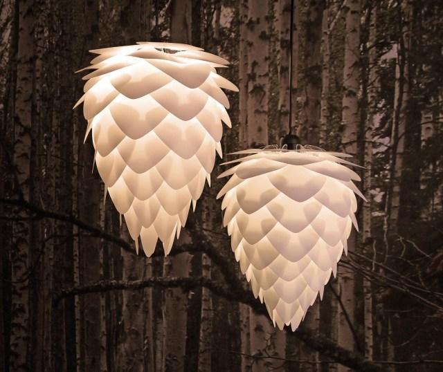 Wie Ein Leuchtender Tannenzapten Die Pendelleuchte Conia