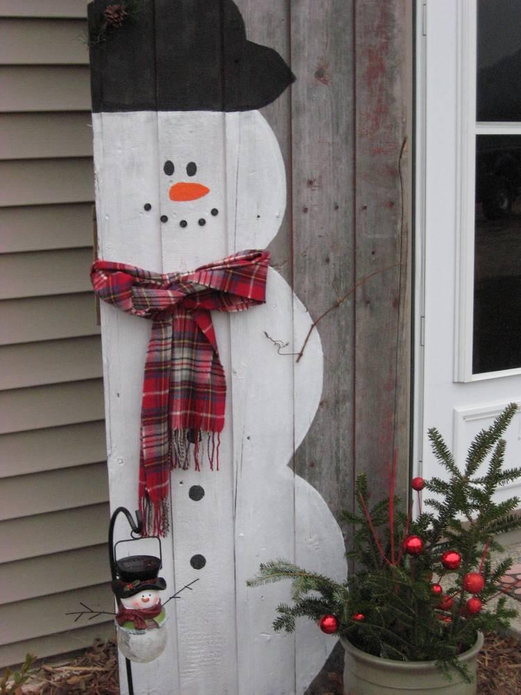 Primitive Christmas Snowman