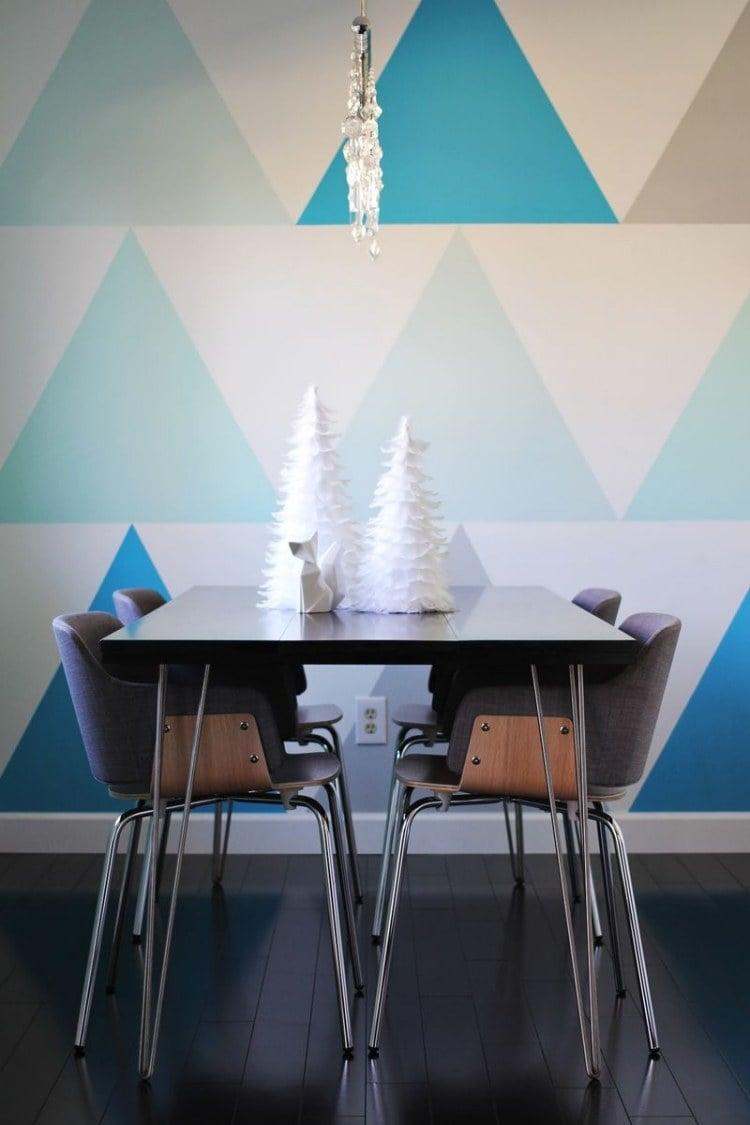 Mit Farbe Wandmuster Streichen Kreative Wandgestaltung