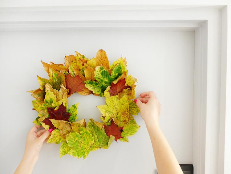 26 idées pour créer une déco d'automne originale en feuilles d'arbre