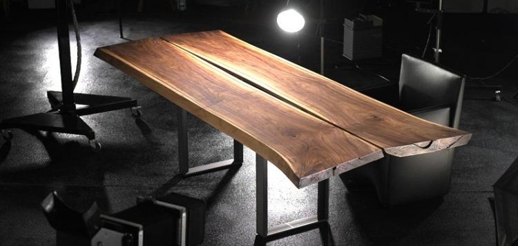 table en bois massif style industriel