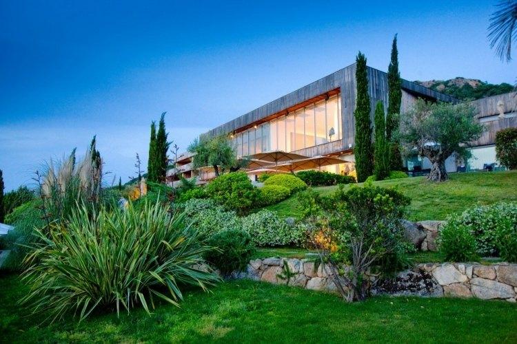 Amnagement Paysager Et Architecture Moderne En Symbiose