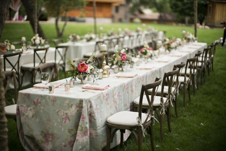 decoration table mariage rectangulaire de style champetre ou vintage deco de fete 7 20