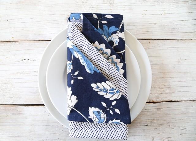 pliage serviette en tissu ou papier