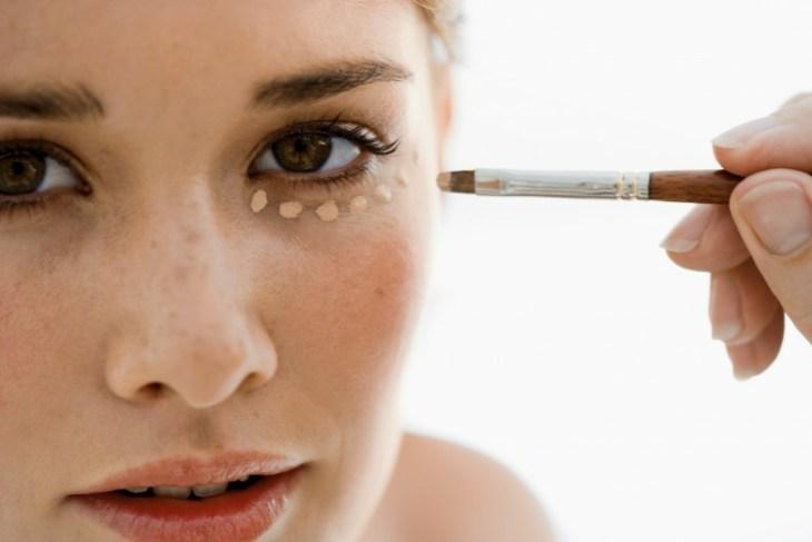 comment-se-maquiller-les-yeux-selon-forme-conseils-base-préparer