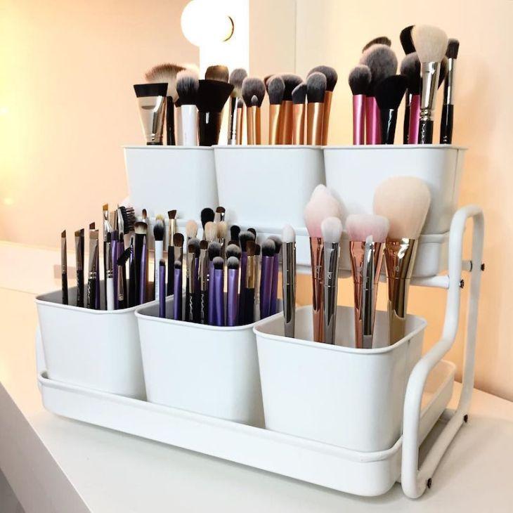 idée de rangement maquillage - organisation-parfaite-pinceaux