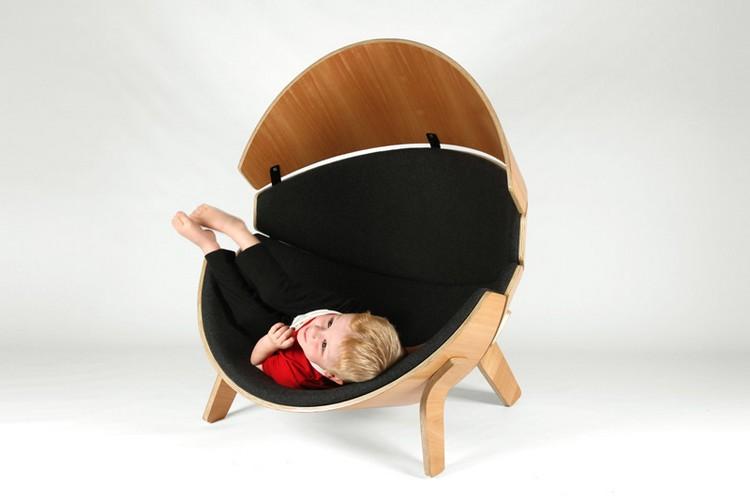 un fauteuil enfant en bois l endroit