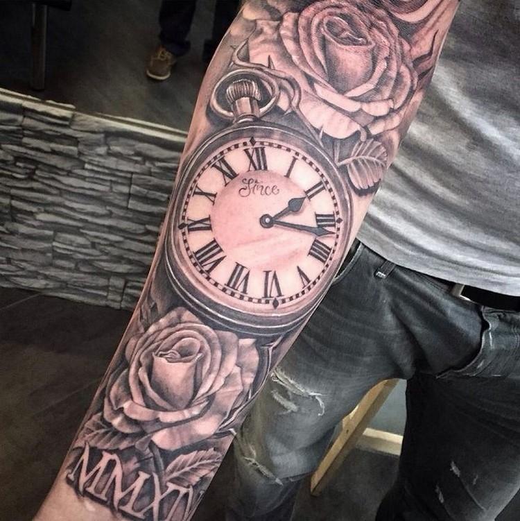 idee tatouage homme tendance horloge roses motifs floraux idee tatouage homme 20 motifs tendance recuperes sur pinterest