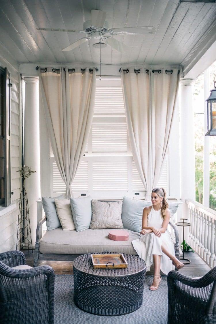 rideau veranda idee deco voilages fines tendance facade maison porche contemporain decouvrez nos conseils et idees en images pour choisir le bon rideau