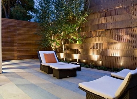 73 garden fence ideas for protecting your privacy in the yard on Decorations For Privacy Fence id=50851
