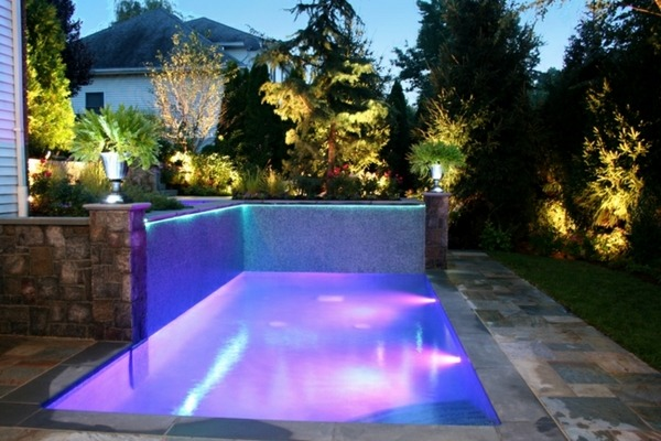 105 pictures of swimming pools