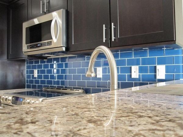 subway tile backsplash in the kitchen