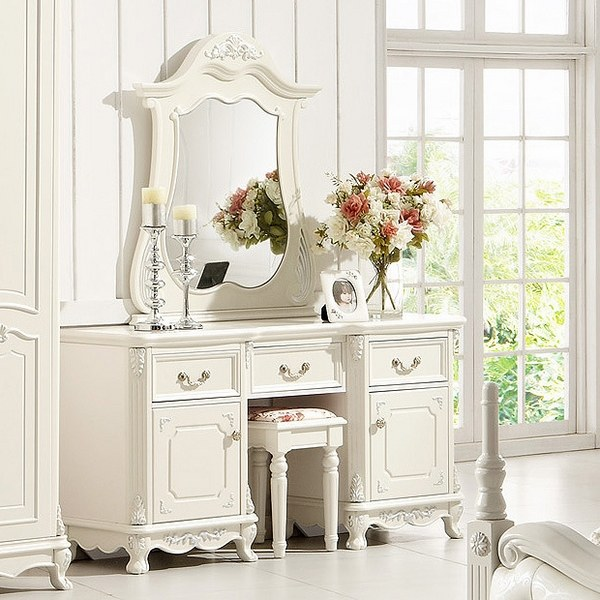 25 vanity table ideas with unique designs on Makeup Bedroom  id=39442