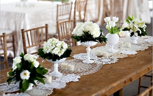 Table Runner Ideas Fresh Accents Of A Festive Table Decor