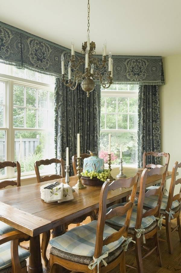 30 valance ideas that can change the atmosphere at your home on Dining Room Curtain Ideas  id=68155