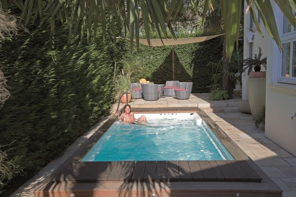 20 inspiring small pool ideas for your backyard on Landscaping Ideas For Rectangular Backyard  id=80426