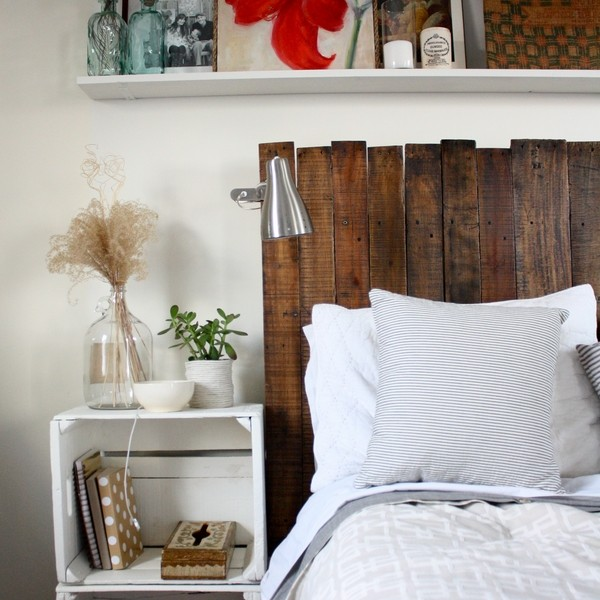 Creative pallet headboard ideas - a charming accent in the ... on Small Room Pallet Bedroom Ideas  id=50210