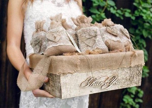 Rustic Wedding Favors Ideas