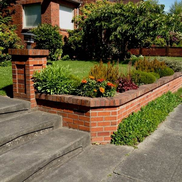 35 retaining wall blocks design ideas - how to choose the ... on Wall Ideas For Yard id=48188