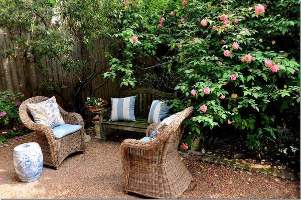Patio landscape design - cost effective pea gravel patio ... on Backyard With Gravel Ideas id=71311