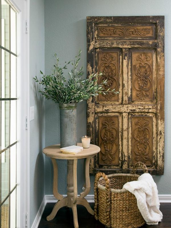 Antique doors in the interior - add unique accents to the ... on Creative Wall Decor Ideas  id=17826