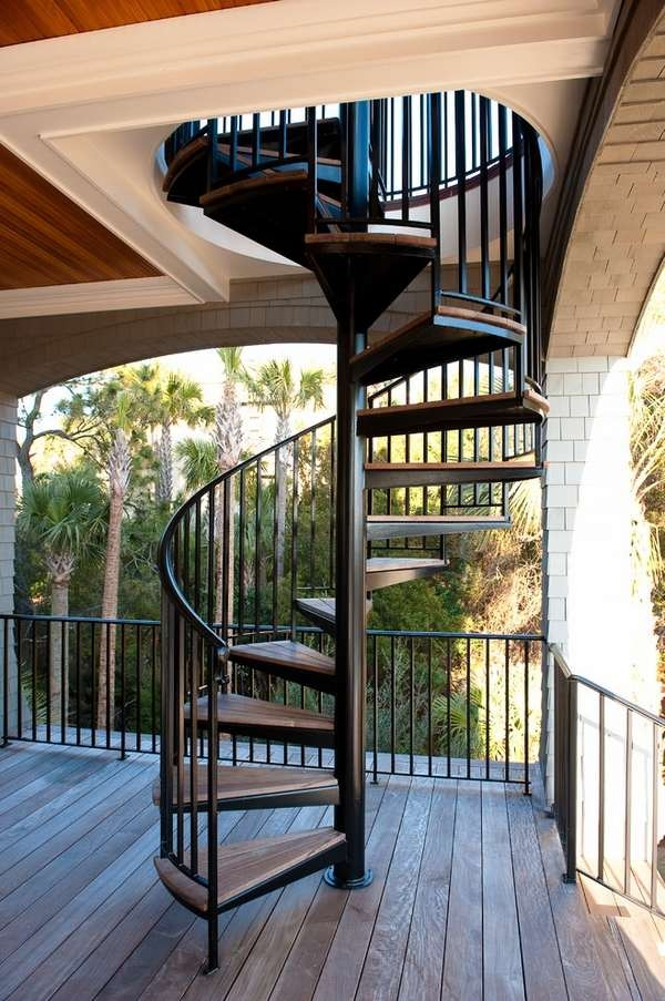 Outdoor Spiral Staircase Designs To Complement The House Exterior | Spiral Staircase For Outside Deck | Iron | Custom | Double Spiral | Railing | Portable Rectangular Concrete