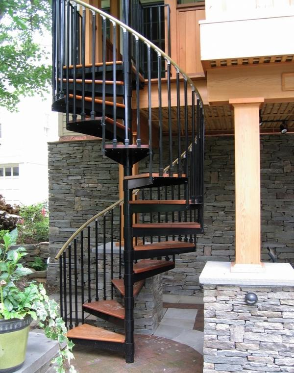 Outdoor spiral staircase designs to complement the house ... on Backyard Stairs Design id=59772