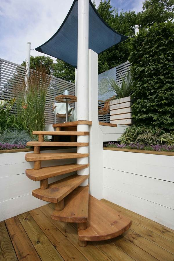 Outdoor spiral staircase designs to complement the house ... on Backyard Stairs Design id=42417