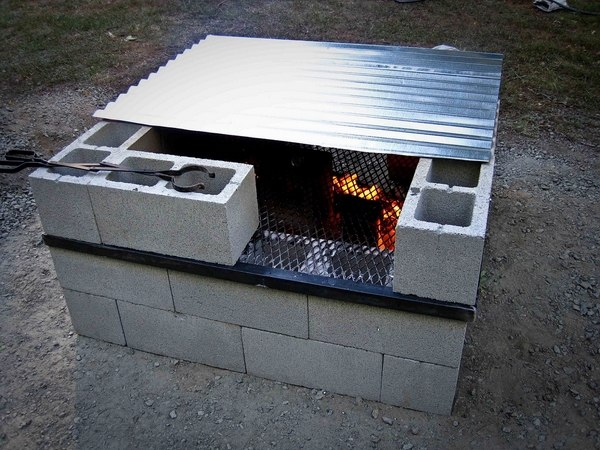 Cinder block fire pit - DIY fire pit ideas for your backyard on Cinder Block Fireplace Diy  id=38420