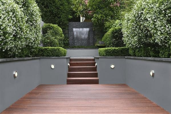 Inexpensive retaining wall ideas - creative landscape designs on Garden Patio Wall Ideas id=50513