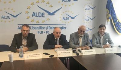 Vosganian vrea să convingă  UE, cu cifre, că modificările aduse în Justiția românească sunt bune
