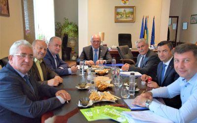 """S-au semnat actele de înființare a Asociației ,,Moldova se dezvoltă"""". Bacăul nu face parte din acordul de asociere"""