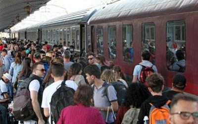 Studenții și elevii își pot procura și online biletele de tren