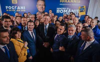 """Klaus Iohannis: """" Vom avea un guvern care să reconstruiască România, nu să o demoleze, cum a făcut PSD"""""""