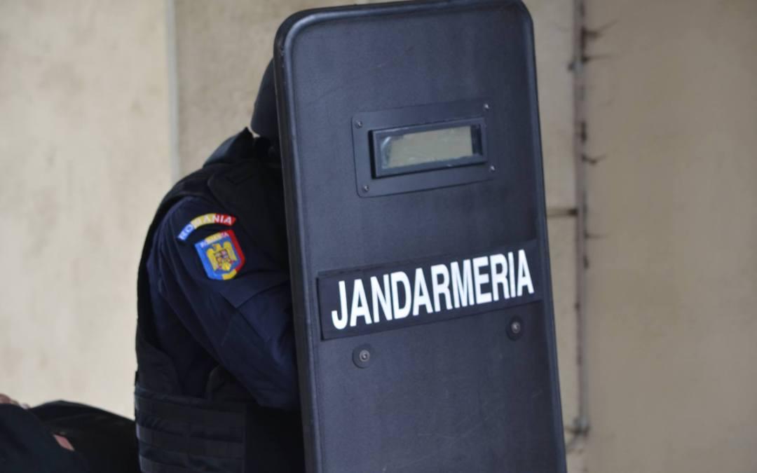 100 de tineri băcăuani au ales să vină în echipa Jandarmeriei. Alătură-te și tu echipei!