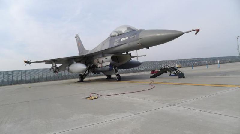 România cumpără încă 5 avioane F16 care vor fi modernizate și întreținute la Aerostar Bacău