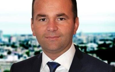 Laurenţiu Neghină negociază cu PNL candidatura sa la Primăria Oneşti