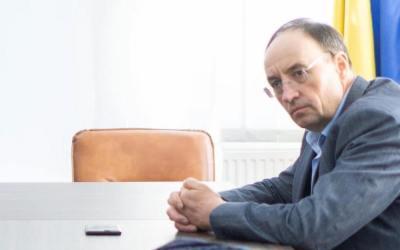 Brașoveanu s-a trezit cu un focar de infecție cu COVID 19 la Centrul de recuperare din Dărmănești. El a aruncat vina pe liberali. Vizați de acuzații, primarii din Dărmănești și Comănești contraatacă dur