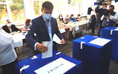 """Ionel Palăr: """"Am votat cu gândul la cei peste 200.000 de băcăuani aflați departe de casă"""""""