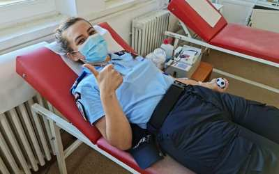 Jandarmii băcăuani au donat sânge de Ziua Mondială a Donatorului de Sânge (FOTO)