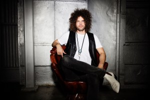 wolfmother-silver-wall-0109fuji