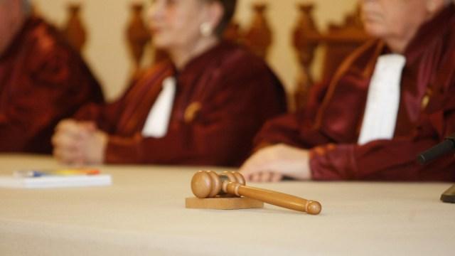 CCR a respins modificările aduse de PSD-ALDE-UDMR la Codurile Penale