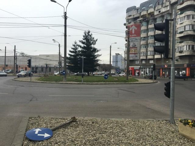 giratoriu cu semafoare9