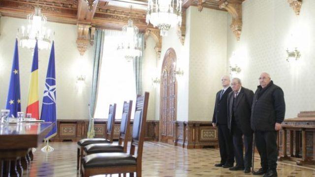 """Cine sunt """"deţinuţii politici"""" promovaţi de Antena 3 şi prinşi în delegaţia PSD de la Cotroceni. Un turnător la Securitate şi-un falsificator - deBanat.ro - spune realitatea!"""