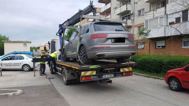 Mașinile parcate ilegal, ridicate de autorități