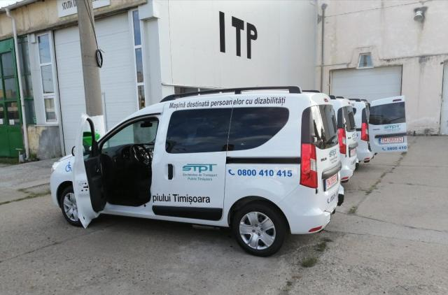 Serviciul special de transport a persoanelor cu probleme locomotorii din Timişoara a devenit funcţional