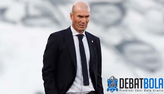 Zidane Yakin Real Madrid Mampu Goyahkan Atletico di Puncak Klasemen