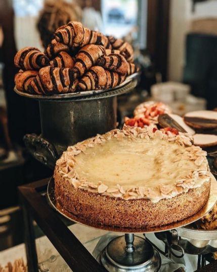 vesperr - Not Kosher - Sarona - Tel Aviv - Cakes